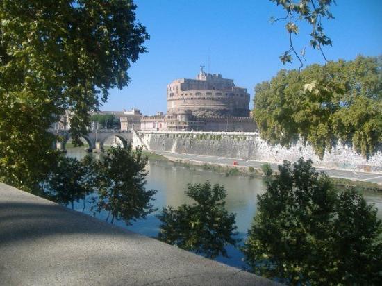 Museo Nazionale di Castel Sant'Angelo: Castel Sant' Angelo.  Illuminati Lair.