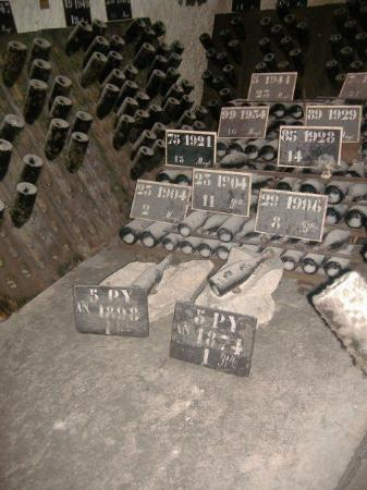 Champagnes Pommery: ...... The oldest one is from 1874.