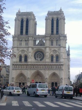 มหาวิหารน็อทร์-ดาม: Cathedral Notre Dame.