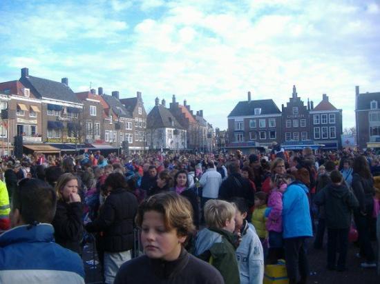 มิดเดลเบิร์ก, เนเธอร์แลนด์: Crowd in the city center.