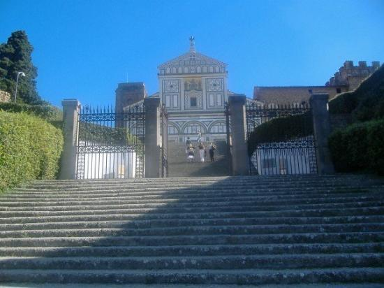 Basilica San Miniato al Monte: Sant Miniato.  Highest point in Florence.