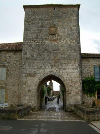 Villeneuve-sur-Lot ภาพถ่าย