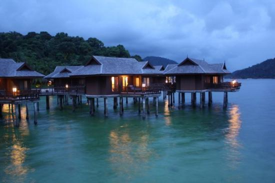 Pangkor Laut Resort: Our hut at night.