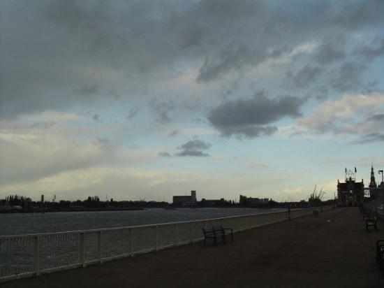 อันท์เวิร์พ, เบลเยียม: The harbor, it's the second biggest harbor in Europe