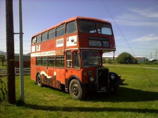ติลลามุก, ออริกอน: An awesome old english bus