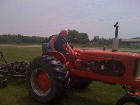 Circleville, OH: All you monster truck people know this guy..... Air man Dan Patrick out on his tractor.... And w