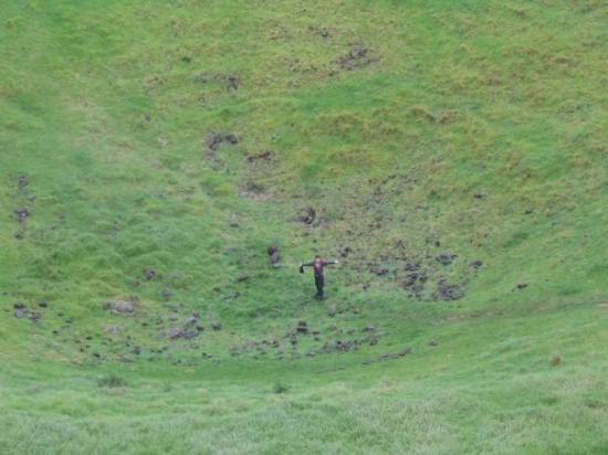 โอกแลนด์เซ็นทรัล, นิวซีแลนด์: Me, at the bottom of a dormant volcano... a long way down!!