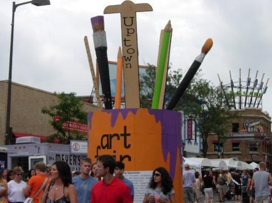 มินนิอาโปลิส, มินนิโซตา: Uptown Art Fair