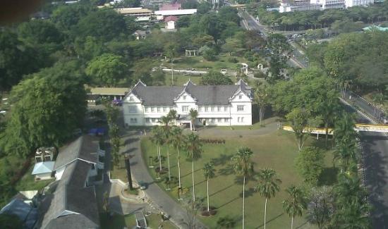 โรงแรมเมอร์เดกา พาเลซ: Merdeka palace