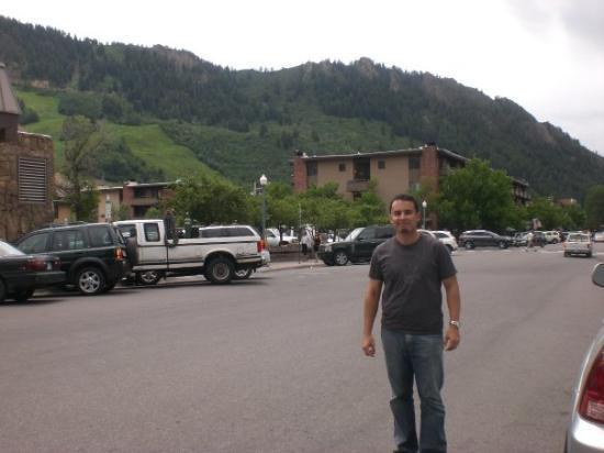 แอสเปน, โคโลราโด: Me in Downtown Aspen.