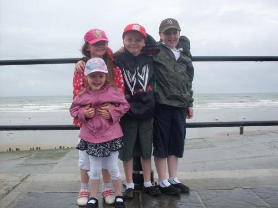 เวกซ์ฟอร์ด, ไอร์แลนด์: Robyn Joshua Rebecca & Shane in Tramore