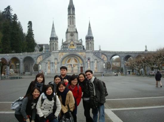 ลูร์ด, ฝรั่งเศส: The Basilica of Lourdes, France