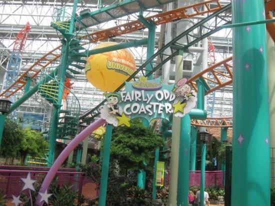มินนิอาโปลิส, มินนิโซตา: Myah and I rode the Fairy Odd Coaster!  We had a lot of fun.
