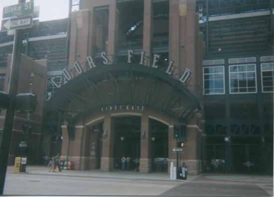 เดนเวอร์, โคโลราโด: Coors Field in Denver