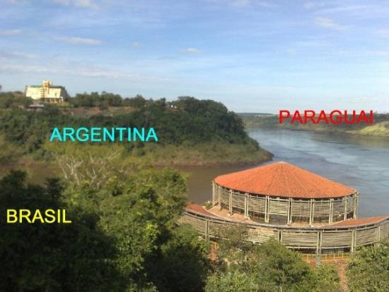 Triple Frontier: Iguassu River (Brazil x Argentina)  and Paraná River (Brazil x Paraguay and Argentina x Paraguay