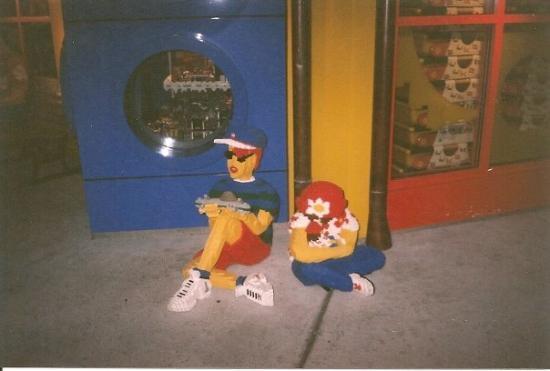 Disney Springs: LEGO - Disney Downtown
