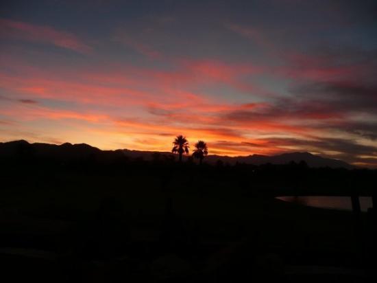 อินดิโอ, แคลิฟอร์เนีย: Indio sunset