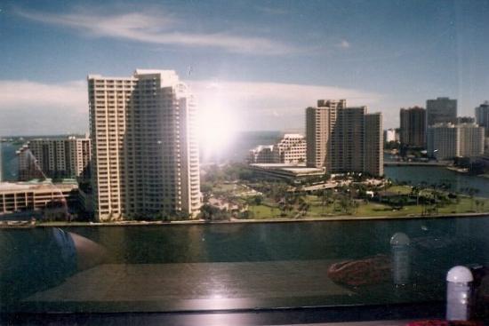 ไมอามี่, ฟลอริด้า: Miami 1998