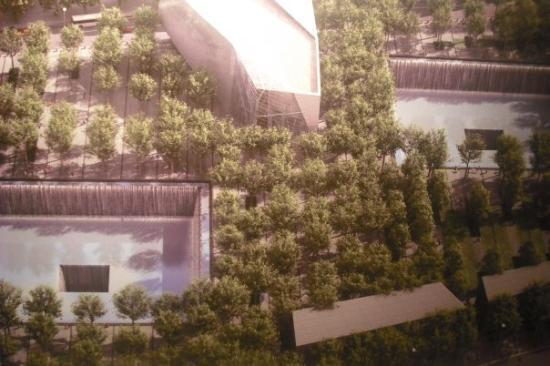 9/11 Tribute Museum: new World Trade Center model