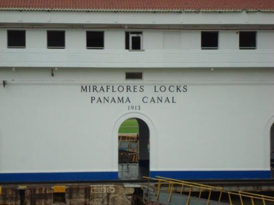 ปานามาซิตี, ปานามา: Miraflores Locks (Panama Canal)