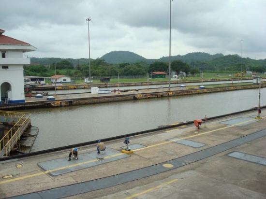 ปานามาซิตี, ปานามา: Panama Canal