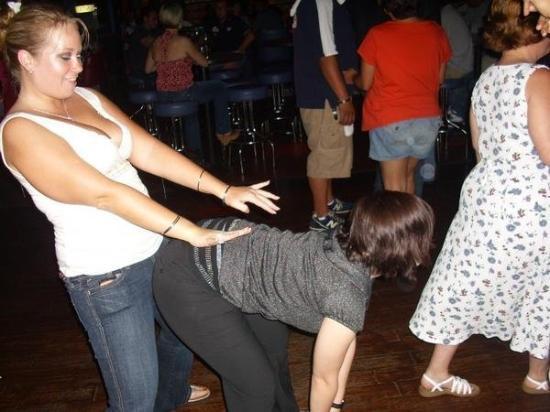 เดย์ตัน, โอไฮโอ: Doing what I like.. Dancing at the Club with Tiffany