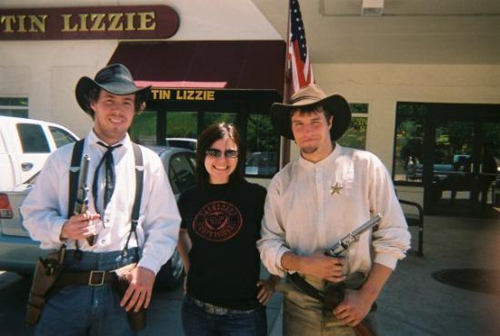 เดดวูด, เซาท์ดาโคตา: With the cowboys of deadwood