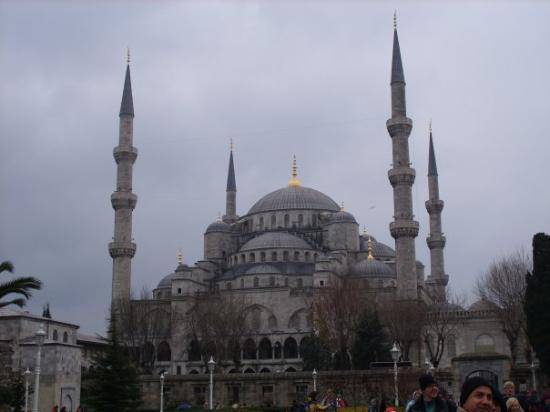 มัสยิดสุลต่านอาห์เมต: Blue Mosque
