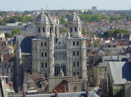 ดีชง, ฝรั่งเศส: Eglise Saint-Michel