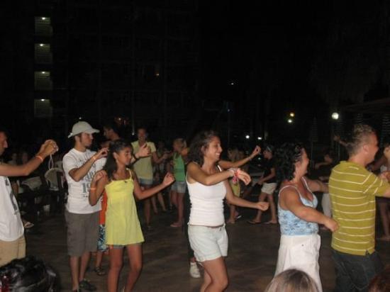 Konakli, ตุรกี: ^^ dancing ... hehe