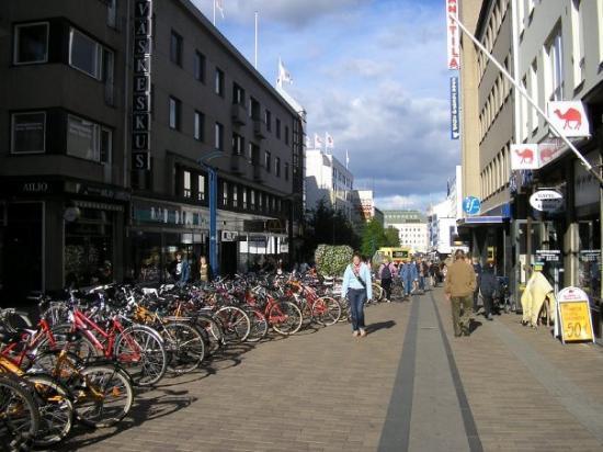 ยูแวสกูแล, ฟินแลนด์: Jyvaskyla centro