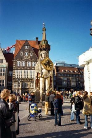 เบรเมิน, เยอรมนี: ROLAND--the brave knight who rescued Bremen