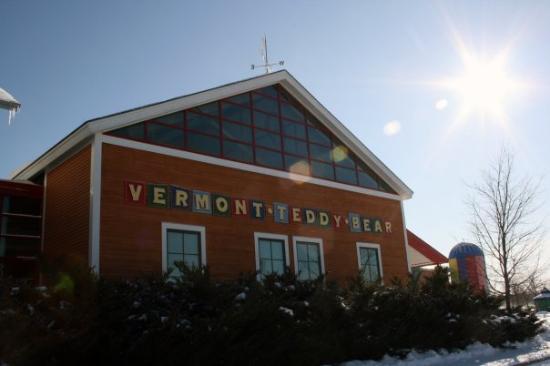 เชลเบิร์น, เวอร์มอนต์: Shelburne, Vermont Vermont Teddy Bear Factory