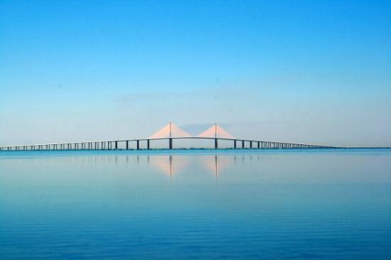 แทมปา, ฟลอริด้า: Tampa Bay, Florida Sunshine Skyway Bridge