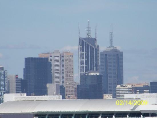 เมลเบิร์น, ออสเตรเลีย: This is a picture of Melbourne from this field kind of above the city that my friends too me too