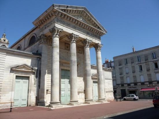 Roquefort, France: Louis à Rochefort