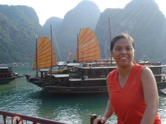 ฮาลองเบย์, เวียดนาม: Halong Bay-UNESCO World Heritage