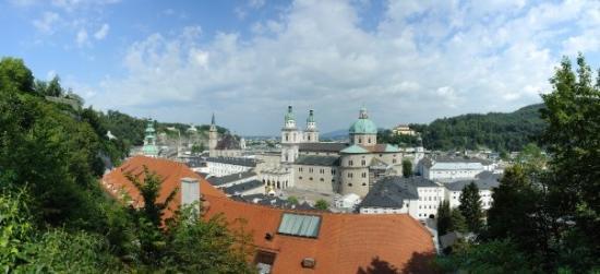 Panorama Tours Original Sound of Music Tour: Panorama Salzburg