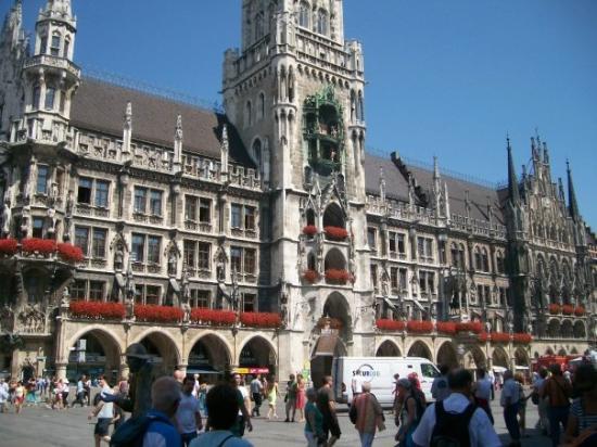มาริเอนแพล็ทซ์: Rathaus München - Marienplatz