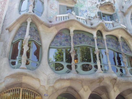 คาซา บาเทลโล: Gaudi