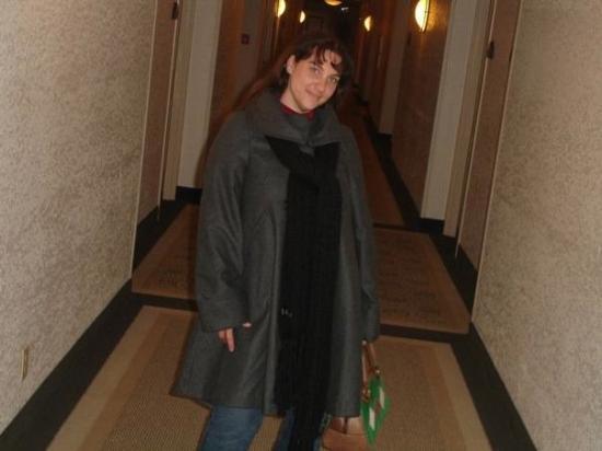 คาร์เมล, แคลิฟอร์เนีย: In the hotel hallway