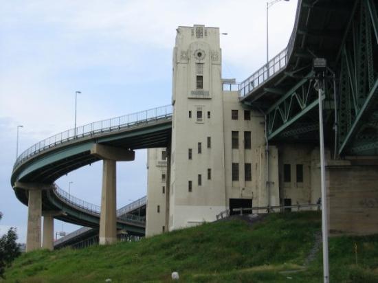 มอนทรีออล, แคนาดา: 24 Jul 09 - pont Jacques Cartier