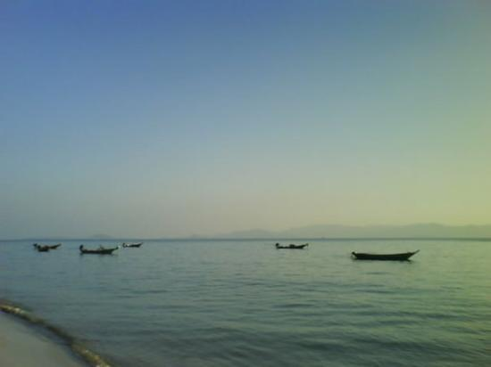 หาดสลัด: Thongsala....beach