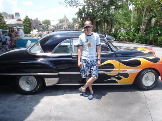ยูนิเวอร์ซัล ออร์แลนโด รีสอร์ท: Daniel and a sweet little car.