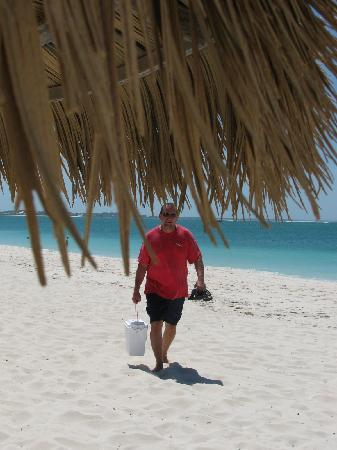 The Sands at Grace Bay: time for a bucket of beer - Grace Bay