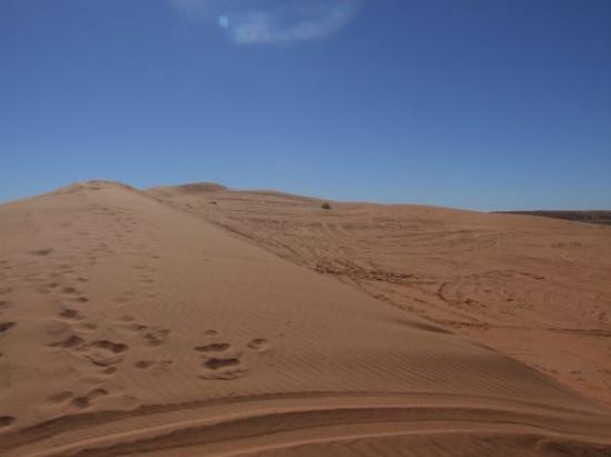 Birdsville, Australia Big Red simpson desert