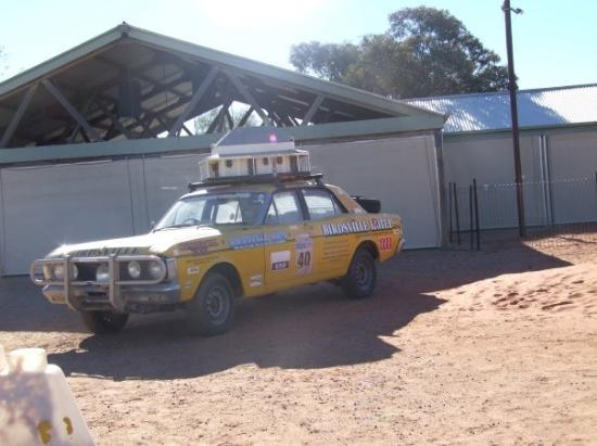 Birdsville, ออสเตรเลีย: car for he variety bash