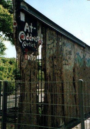 อนุสรณ์สถานกำแพงเบอร์ลิน: Berlino - Il Muro (1)