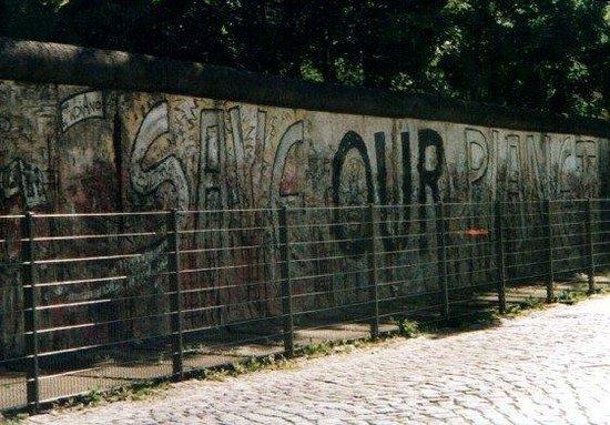 อนุสรณ์สถานกำแพงเบอร์ลิน: Berlino - Il Muro (3)