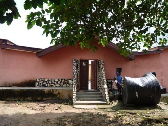 อักกรา, กานา: international volunteers' house